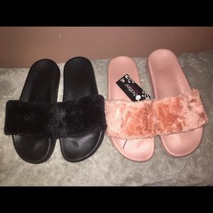 Shoes - Fuzzy Slides Size 7/8
